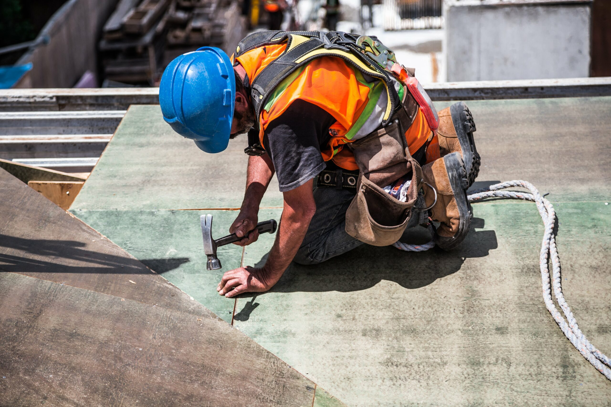 7 Reasons Why You Should Choose a Roofing Career as Your Next Job